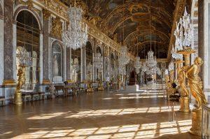 Galería de los espejos en Versalles, la primera localización de Heroicas.