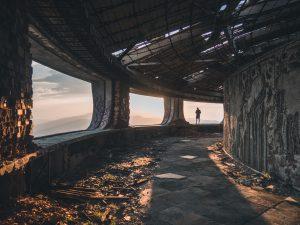 Hija de Legbara. Ruinas. Libros Prohibidos
