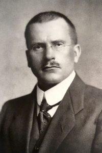 Arcanos del antiguo, Jung. Libros Prohibidos